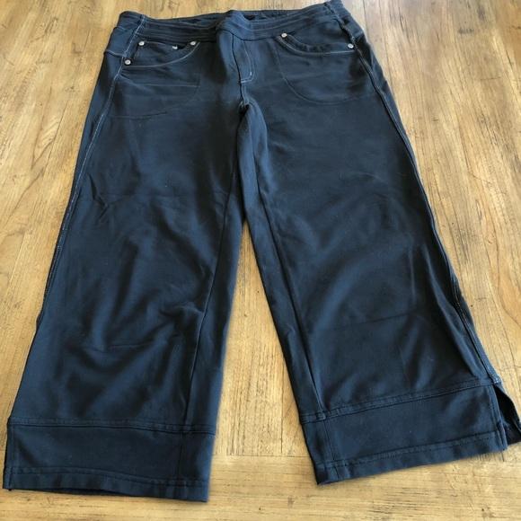 d58a8b4734 Kuhl Pants - Kuhl Mova Capri  Crop DISCONTINUED Size 10